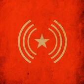 Follow @thestarphonics !  New release on  #witarecords June 2021  . . @mercier_manu @marina_bmk @ange_bcht  . . #desperaterocknroll #tarantino #onlyloversleftalive #rockabilly #linkwray #charliefeathers #bennyjoy #elvis #bodiddley #heavytrash #electrophonicsrecordings   #witarecords